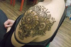 Henna festés vállra